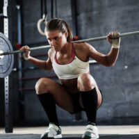 8 Benefits of Doing Free Weights Exercises Over Resistance Machines